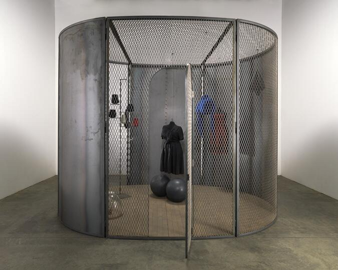Cell (Black Days), Louise Bourgeoise. Collection The Easton Foundation. Ph: Christopher Burke.