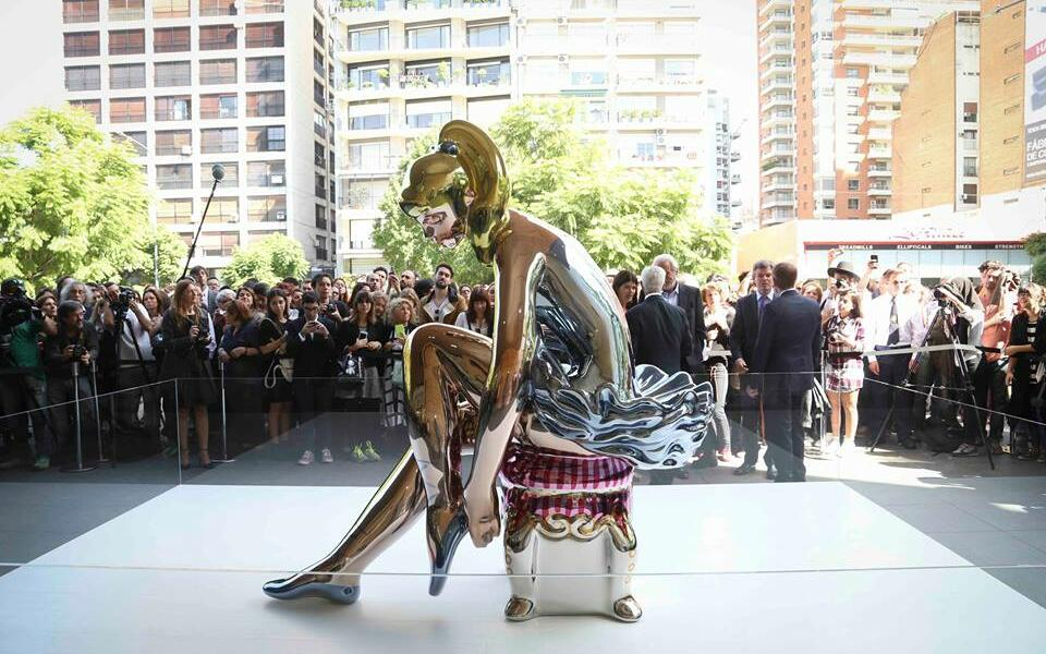 Malba exhibits Seated Ballerina by Jeff Koons