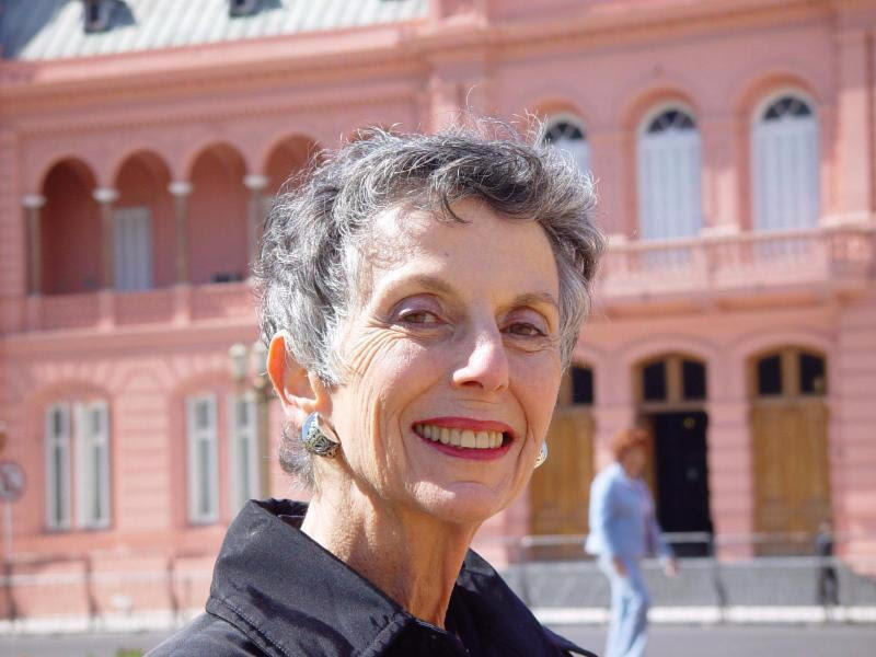 MCASD mourns the loss of devoted patron of the Arts, Pauline Foster